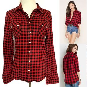 FOREVER 21 Red Black Buffalo Plaid Button Up Shirt